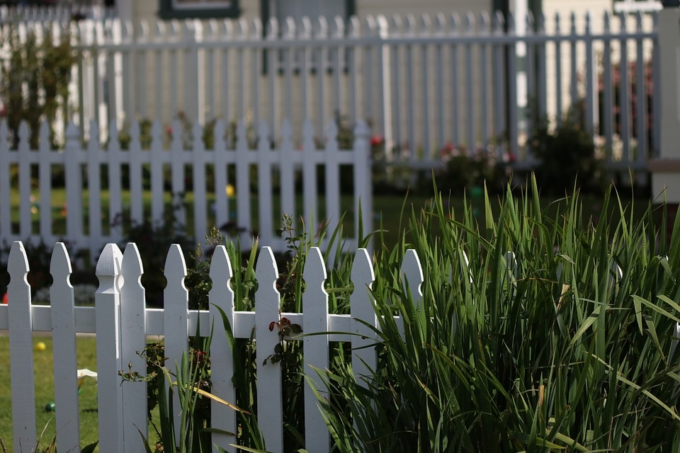 Picket Fence Theme