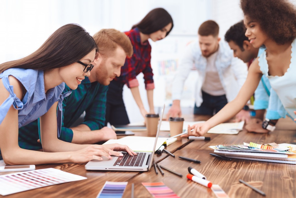 Coworking Spaces, Working with others