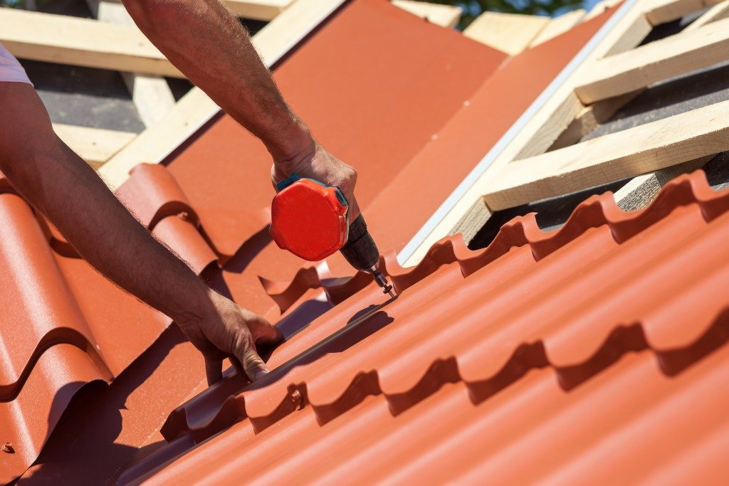 Installing roof