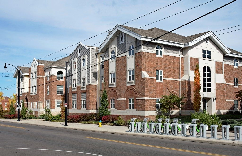 Apartments with Public Bike Share