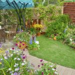 5 Advantages to Keeping a Garden and Lawn
