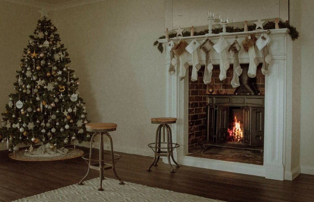 interior-christmas-decoration