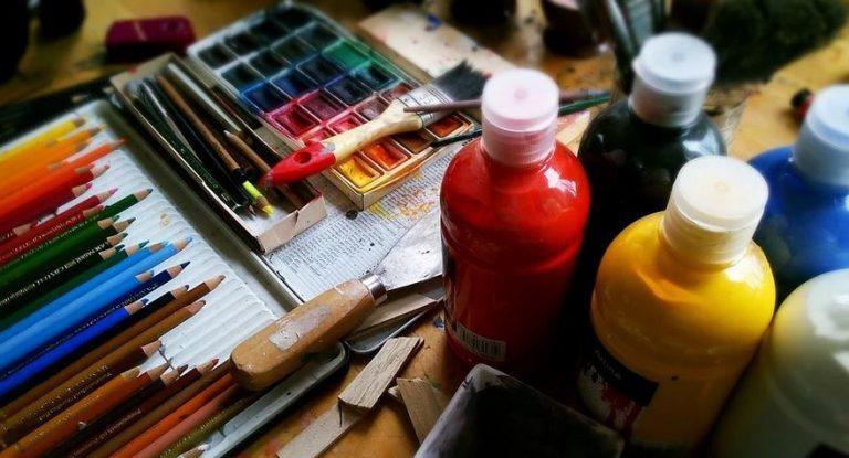 painting-pencils