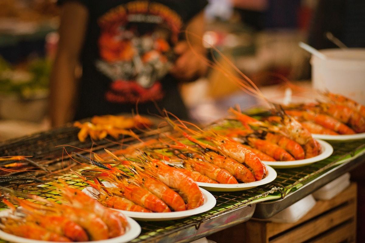 shrimps on plates