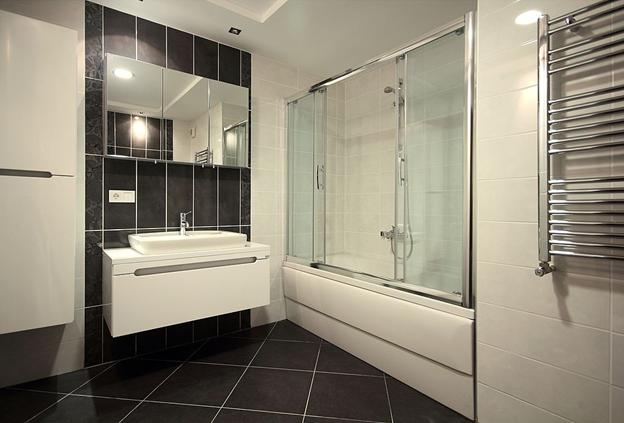 shower-sliding-shower-door
