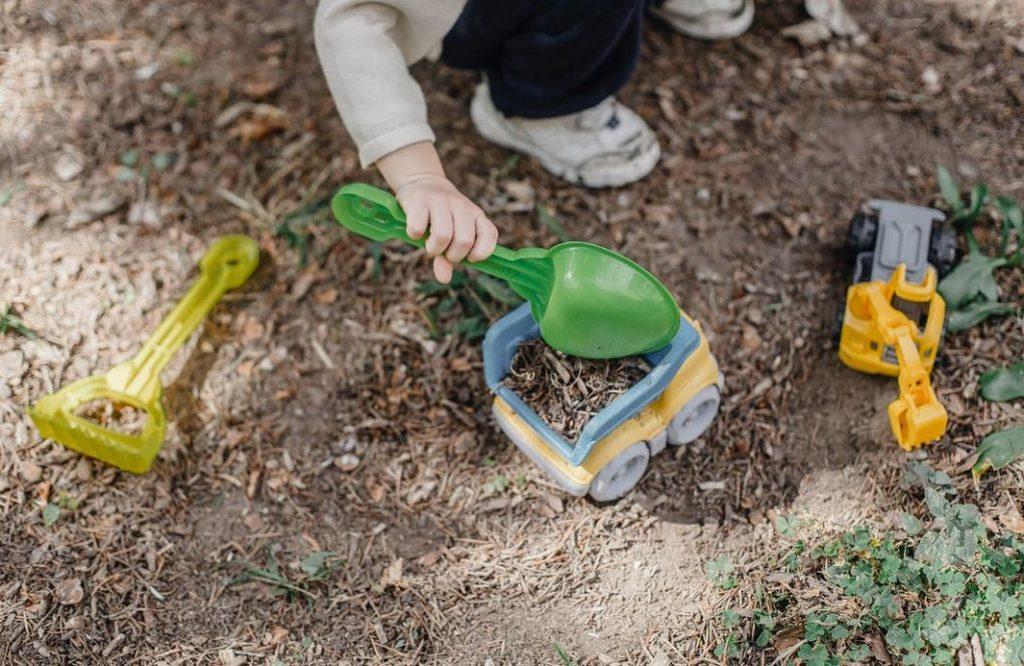 kid-playing-in-backyard